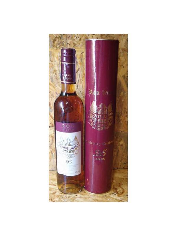 RON CONSTITUCION 25 AÑOS - Ron de 25 años de excelente calidad, envejecido en las barricas del Brandy Constitución, considerado uno de los mejores Brandy en la actualidad Botellas estuchada 50 cl 40º