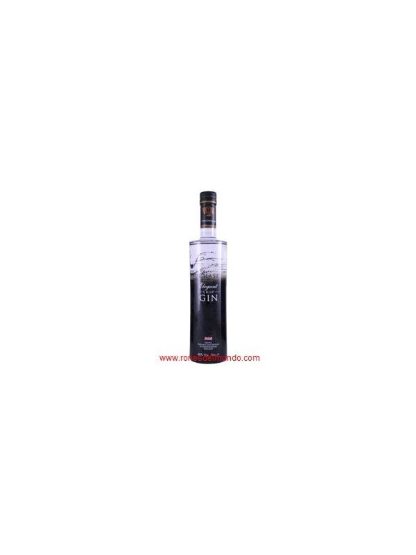 GINEBRA WILLIAMS CHASE GIN - Esta ginebra elegante crujiente ha sido dos años en la fabricación como el objetivo era hacer la ginebra más fina en el mundo y hacer esto usted necesita el espíritu bajo más fino.  No muchas personas saben que usted necesita el vodka para hacer la ginebra. Después de mucha experimentación, la Destilería de Persecución giró manzanas de sidra orgánicas, del estado, en el vodka y usó este producto hermoso para hacer la ginebra. Habiendo sido por nuestro pote de cobre todavía y la columna, con 42 placas de burbuja, dos veces y luego la bastante pequeña ginebra de estilo de Cabeza de Carter todavía, la ginebra terminada es destilada más de 100 veces.