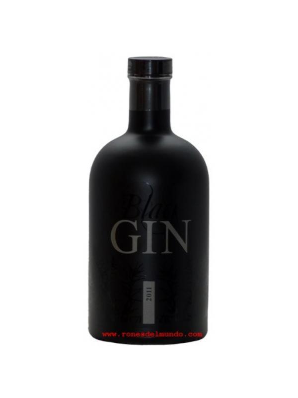GINEBRA GASLOSER BLACK GIN 2011 - GINEBRA GANSLOSER BLACK GIN 2011 GRADUACION 45 % La Ginebra Alemana Gansloser black gin es creada en 2011,  Gansloser destilería JG Frey de Bad Ditzenbach.