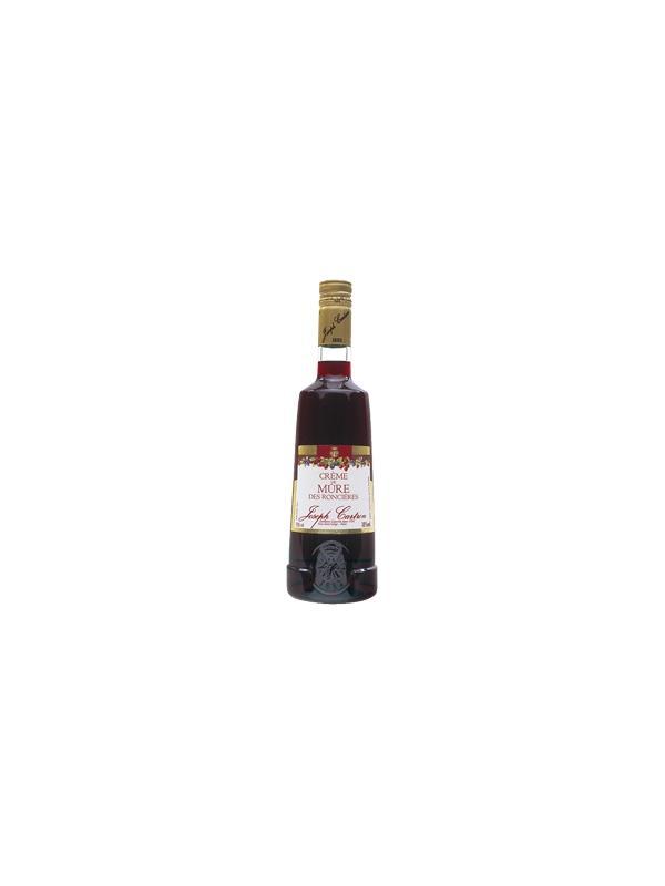 LICOR DE CREMA DE MORA SILVESTRE - JOSEPH CARTRON - Los arbustos bordean los caminos de la Borgoña y producen pequeñas y deliciosas bayas negras que son cosechadas a finales del verano, en su perfecto grado de madurez, garantía esencial de su calidad. La intensidad de su perfume alcanza su punto máximo en esa época del año.   Las cubas son cargadas de frutas a 2/3 de su volumen y luego se llenan con alcohol extrafino. La maceración se realiza en frío y dura de 4 a 5 semanas para que la mezcla sea perfecta. La infusión así obtenida se trasiega y filtra cuidadosamente. La incorporación lenta de azúcar cristalizada rebaja de forma natural la proporción de alcohol y desarrolla el sabor de la fruta. La crema está entonces saturada de forma ideal y se puede expresar plenamente. Todos este proceso se realiza de forma artesanal, siguiendo la receta de la Maison Joseph Cartron.  El sabor dulce y acidulado de la mora sorprende y seduce. Su intensidad aromática prolonga en boca su dulce y hermosa untuosidad.