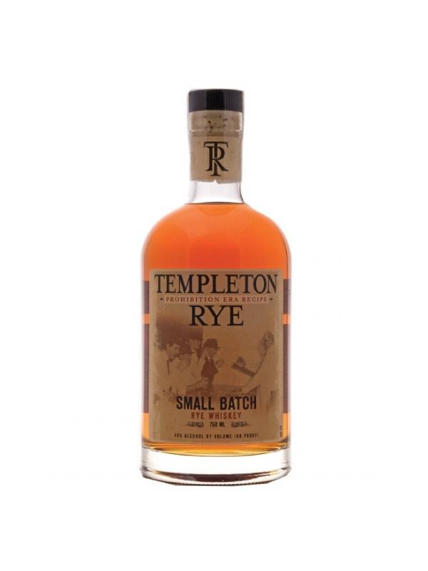 WHISKY TEMPLETON RYE ( USA ) - Templeton Rye, un whisky de centeno de hecho en pequeños lotes de Iowa, tiene toda una historia interesante; se presentó por primera vez en la década de 1920 y se hizo ilegalmente a lo largo de la Era de la prohibición. Durante esa época fue al Imperio de contrabando el Centro Al Capone de Templeton y incluso fue enviado a él durante su encarcelamiento en Alcatraz. El final de la prohibición llegó en 1933, pero continuó la producción de centeno de Templeton y el whisky sólo se ha privado y en pequeñas cantidades para leales mecenas. Templeton Rye lanzó su primer producto legal en 2006. Siguiendo la receta de la época de la prohibición, Templeton es envejecido durante más de cuatro años en barricas de roble blanco nuevo carbonizados. Mientras que un whisky de centeno por definición preciso de una mezcla que contenga al menos el 51% centeno, Templeton está hecha de una mezcla de más de 90% centeno. Como dice la botella, hace