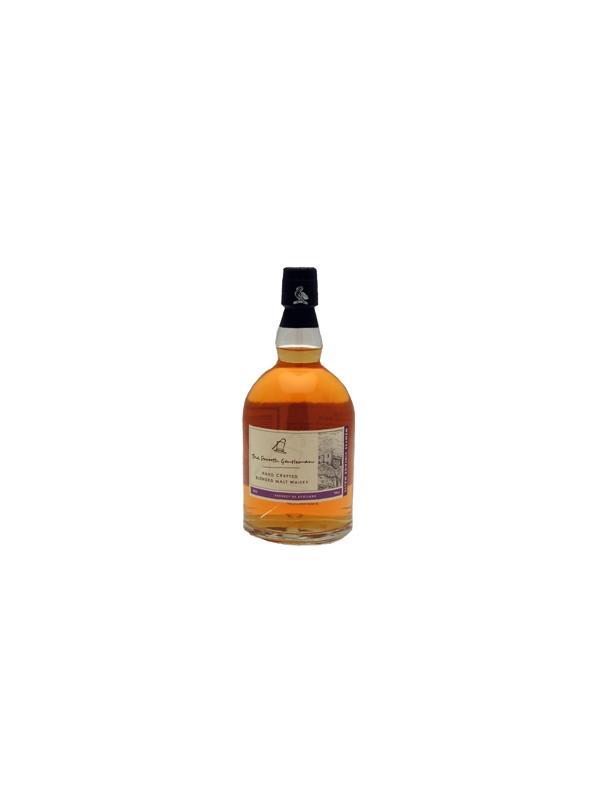 WHISKY WEMYSS BLEND - SMOOTH GENTLEMAN - Es un blend de whiskies de malta, con énfasis en maltas de 9 años de la región de Highland, procedente de un tonel de Bourbon de un solo uso. Fuera del tonel, su color es de piel fina que tiende a asemejarse al fino sherry amontillado añejo. Entre sus numerosos sabores y aromas sobresale el chocolate, lo cual le otorga la suavidad que sugiere su nombre. Su sofisticación procede de sus vivas notas de cítricos, pero también se puede detectar un ligerísimo matiz de brezo, lo cual refleja las raíces étnicas de este whisky.